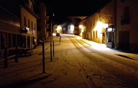 Le village de Mijoux le soir