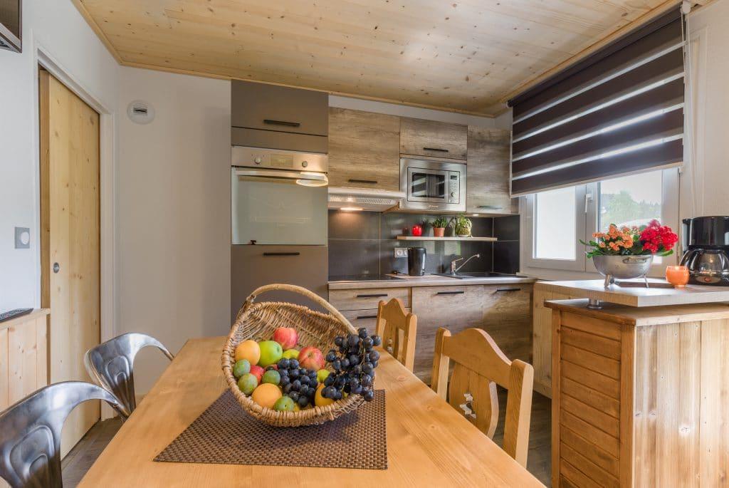 Cuisine et coin repas et cuisine N°14 ou 24 Résidence Les Tavaillons