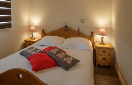 Chambre lit double N°14 et 24 Résidence Les Tavaillons